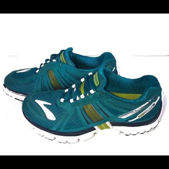 hot sales e5ddb 6d739 Womens Brooks Pure Cadence P2 Running Shoes